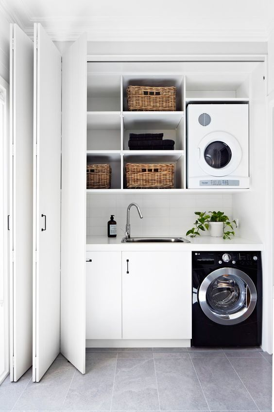 compact-hallway-laundry