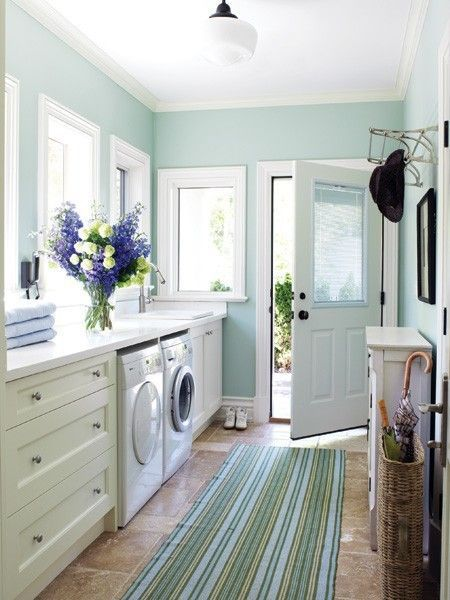 laundry-and-mudroom-combo