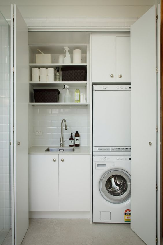 modern-laundry-in-a-closet